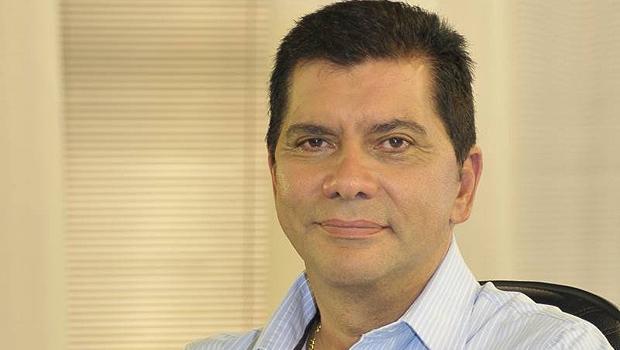 Amastha usa hospitais municipais para criticar Carlesse e tem propaganda suspensa pela Justiça