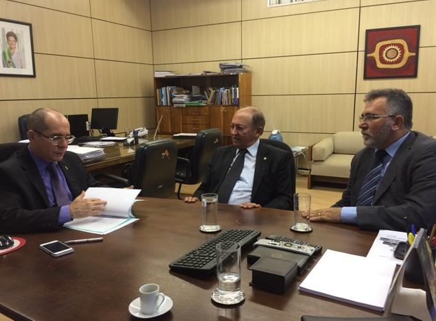 Deputado Lázaro Botelho solicita ao MEC criação de Universidade Federal para o Norte do Tocantins