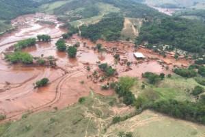 Mariana (MG) - Área afetada pelo rompimento de barragem no distrito de Bento Rodrigues, zona rural de Mariana, em Minas Gerais (Corpo de Bombeiros/MG - Divulgação)Corpo de Bombeiros/MG - Divulgação
