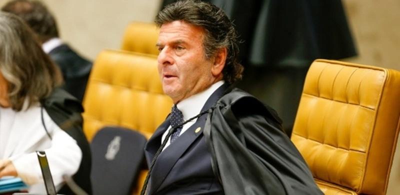 Fux pede manifestação do governo em ação contra tabela do frete