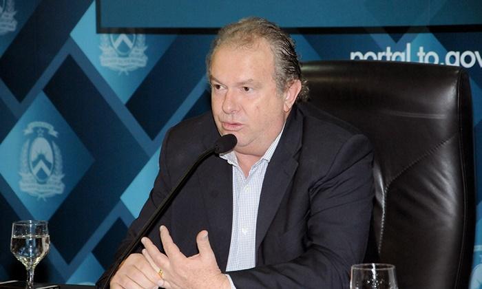 Mauro Carlesse, do PHS, é reeleito governador do Tocantins