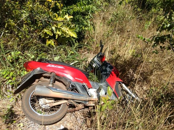 PM recupera moto roubada e apreende dois adolescentes em Araguaína