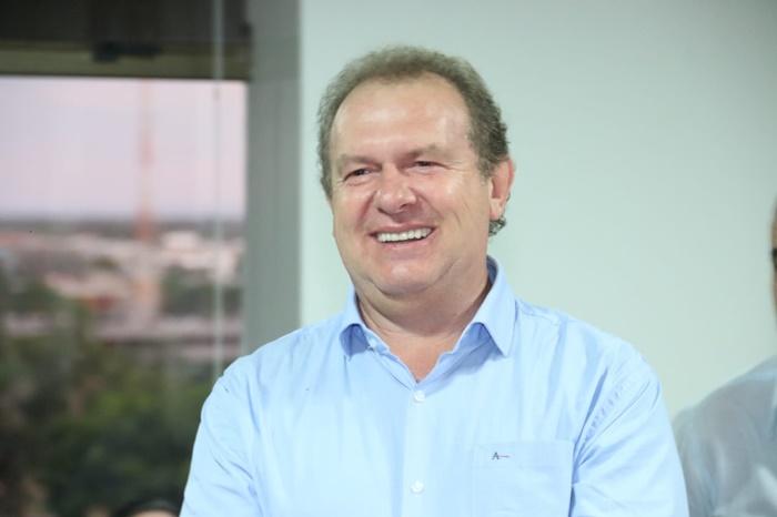 Governador Carlesse se torna um fenômeno da política tocantinense após ascensão meteórica