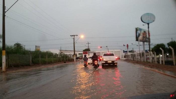 Quase 40 cidades do Tocantins entram em alerta para chuvas fortes