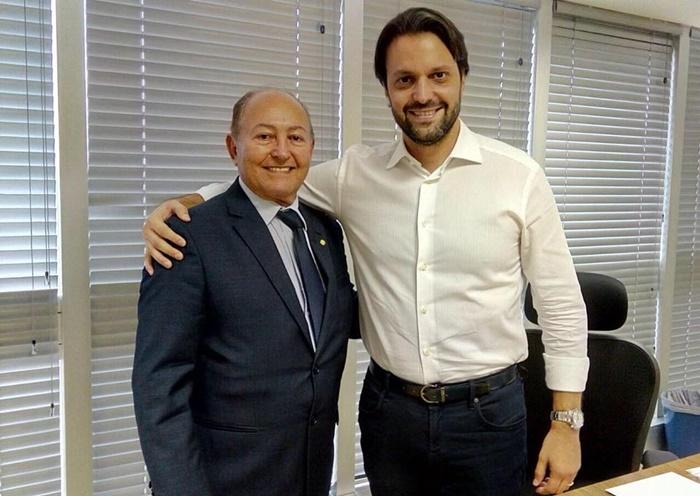 Lázaro Botelho viabiliza mais de 2 mil casas populares para Palmas e outros 20 municípios do TO