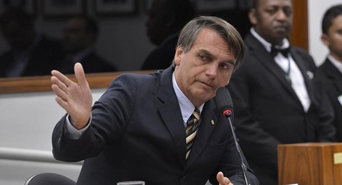 'Marginais vermelhos serão banidos', diz Bolsonaro