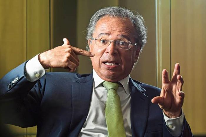 MPF investiga Guedes por suspeita de fraude com fundos de pensão, diz 'Folha'