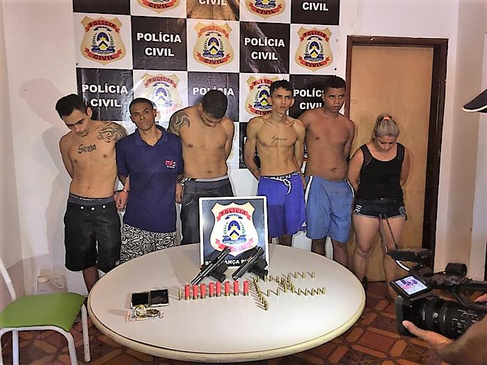 Foragidos do presídio Barra da Grota são presos em uma casa em Araguaína