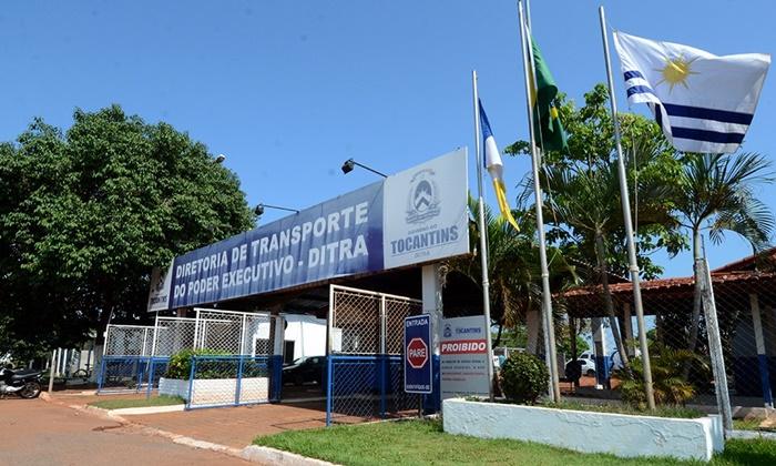 Governador determina recolhimento de veículos e reavaliação da utilização da frota oficial