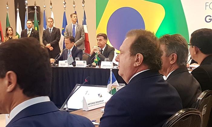 Em reunião com presidente eleito, governador Carlesse solicita retomada de obras e maior repasses aos Estados