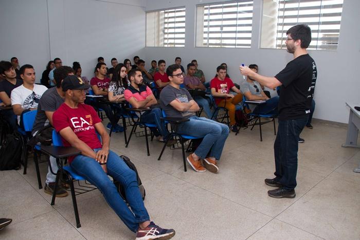 Unitins lança edital para seleção de professores nos quatro Câmpus