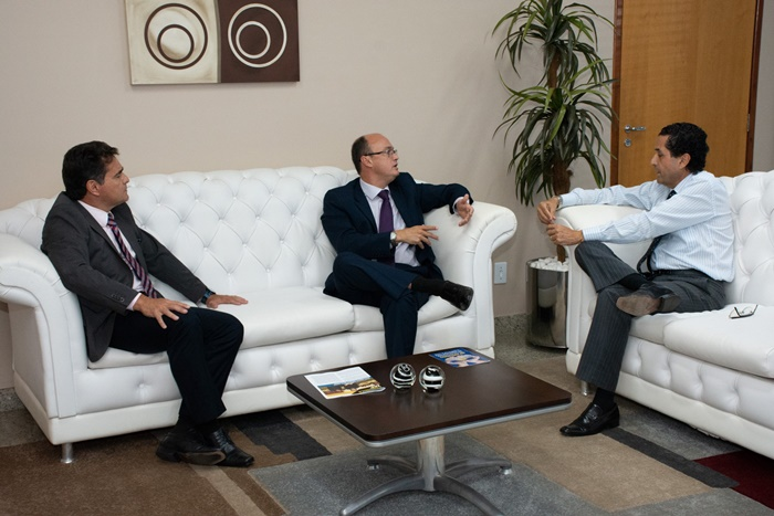 Novo secretário de Segurança Pública visita Ministério Público Estadual