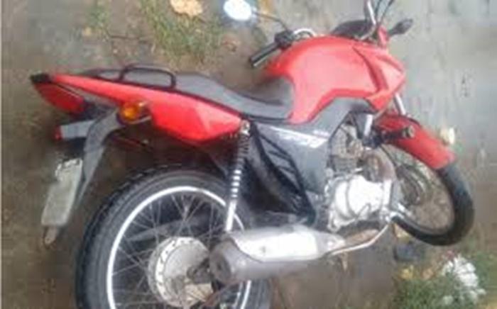 Polícia Militar recupera moto roubada em Araguaína e prende suspeito do roubo