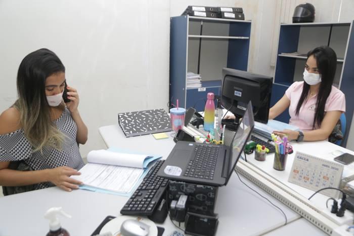 Servidores de Araguaína retornam rotina presencial nesta segunda-feira, 19