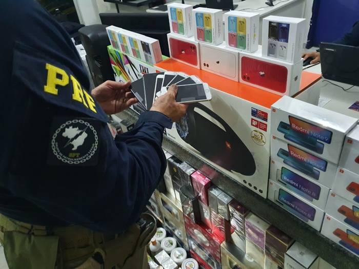 PRF apreende carga de eletrônicos e cosméticos, avaliada em mais de R$ 75 mil