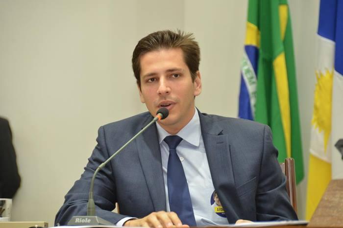 Olyntho comemora liberação de R$ 30 milhões para construção do HGA