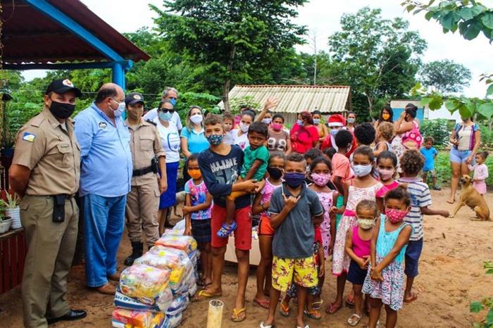 PM em parceria com Sindicato Rural e Fundação Pró-Tocantins realiza entrega de donativos em Araguaína