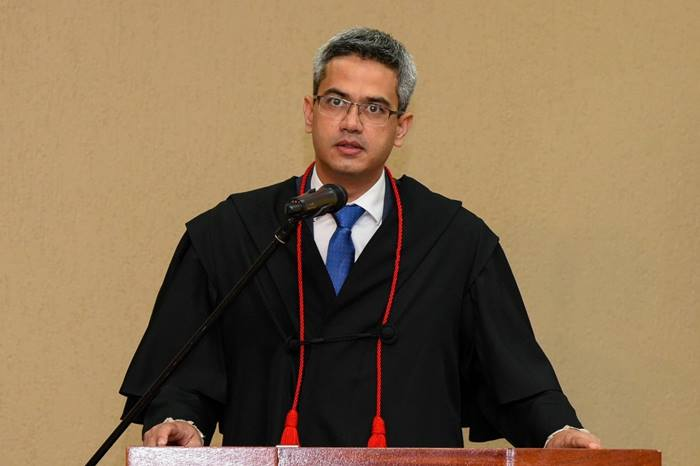 Luciano Casaroti toma posse como Procurador-Geral de Justiça do Ministério Público do Tocantins