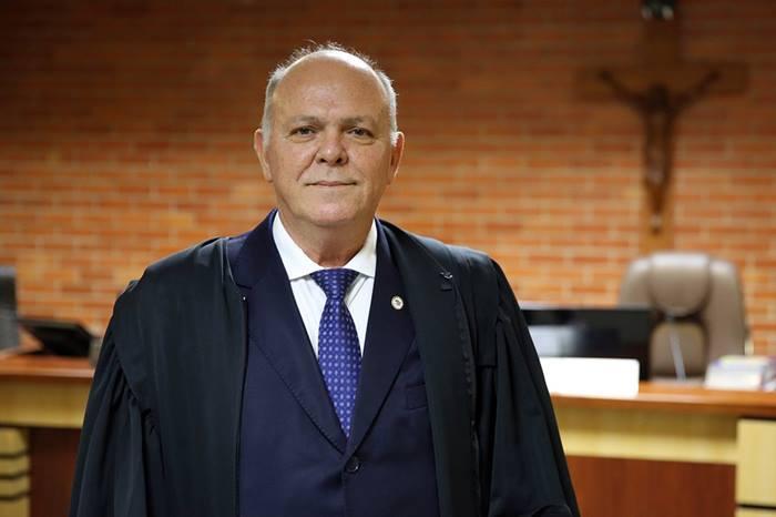 Presidente do Tribunal de Justiça do TO é transferido para UTI em São Paulo para tratar coronavírus