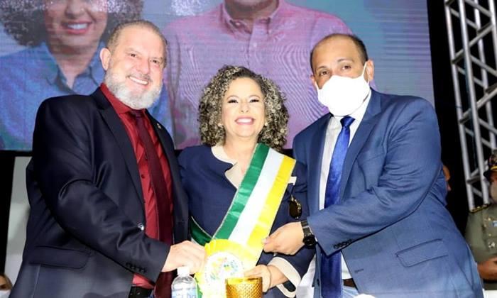 Governador Carlesse prestigia posse de Josi Nunes e reafirma compromisso de parcerias