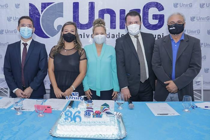 Prefeita Josi Nunes participa de evento em comemoração ao aniversário da UnirG