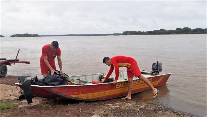 Bombeiros militares encontram corpo de jovem desaparecido no Rio Araguaia