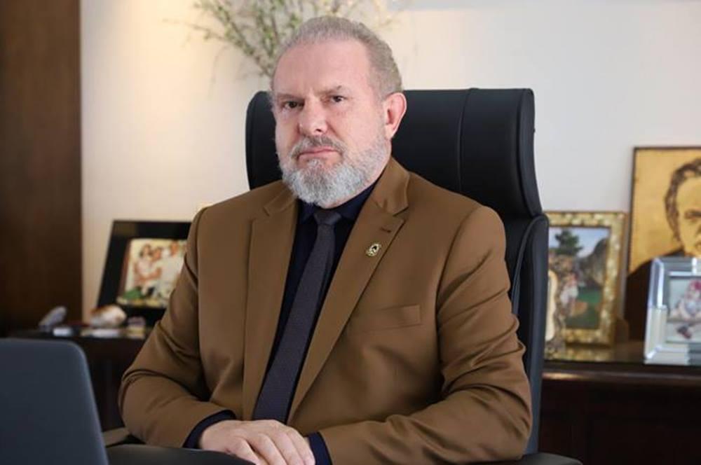 Governador Mauro Carlesse determina trabalho remoto para servidores públicos estaduais por duas semanas