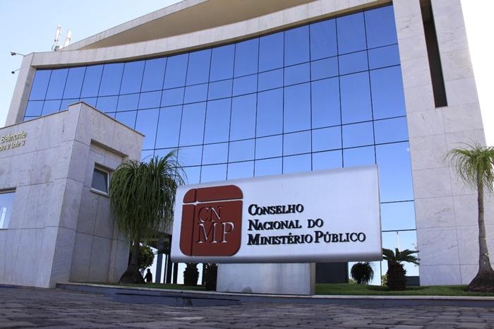 Coletivo SOMOS aciona Corregedorias do MPE-TO e do CNMP contra Ação proposta pelo promotor Adriano Neves