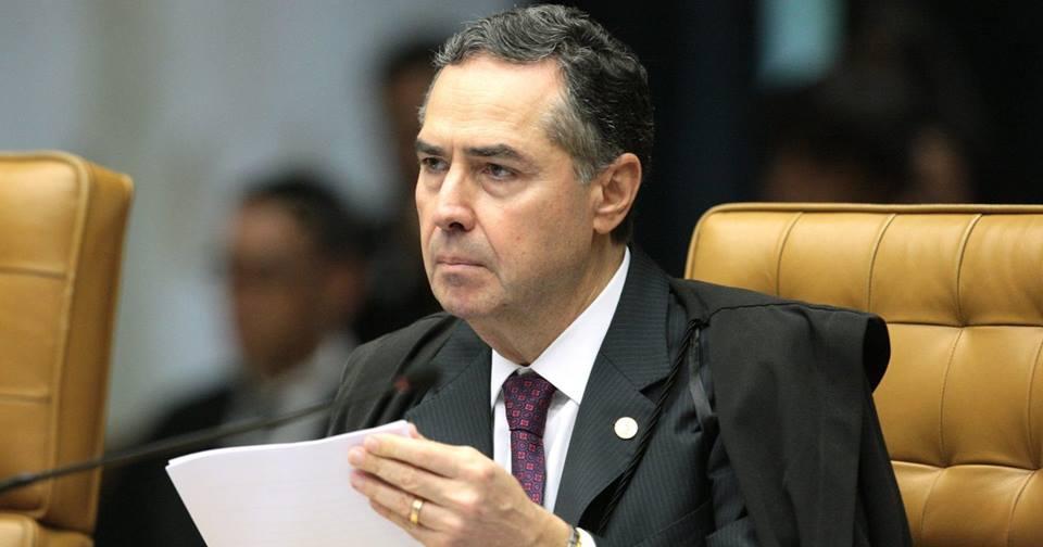 Barroso determina instalação da CPI da Pandemia no Senado