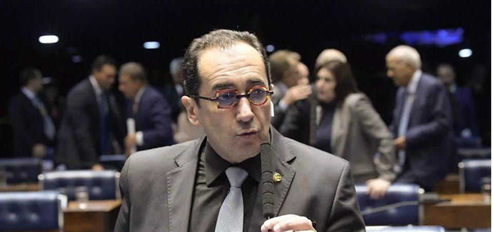 Senador Kajuru grava conversa com Bolsonaro e revela que ele quer derrubar ministros do STF