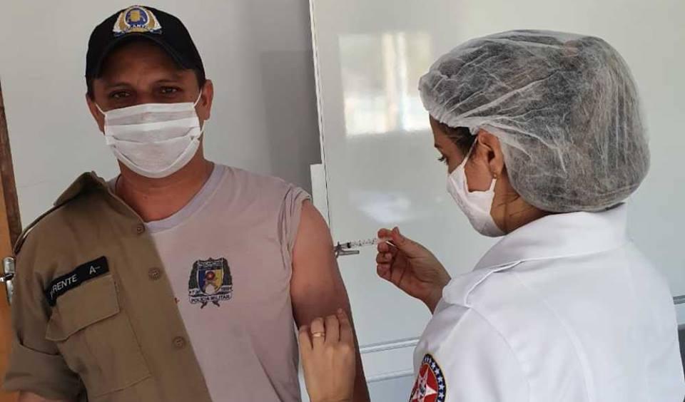 Em Pedro Afonso, 3º Batalhão inicia vacinação contra a COVID -19