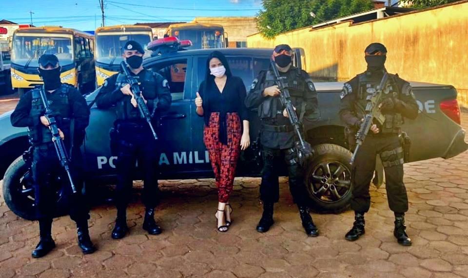 Primeira -dama de Wanderlândia recebe policiais da COE e debate segurança do Município
