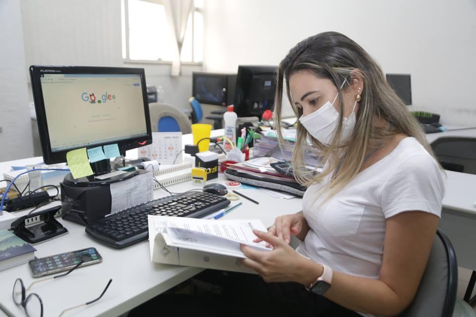 Prefeitura convoca servidores já imunizados contra covid-19 para retorno ao trabalho presencial