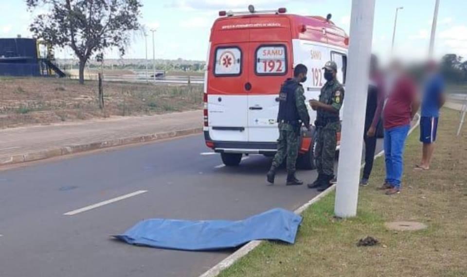 Jovem morre e irmão fica ferido após queda de motocicleta na Via Lago, em Araguaína