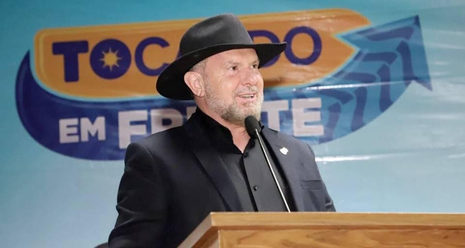 Governador Mauro Carlesse inicia pela região sul do Tocantins assinatura de convênios do Programa Tocando em Frente