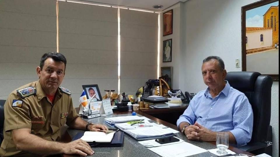 Antonio Andrade destina R$ 200 mil para construção de quartel em Porto Nacional