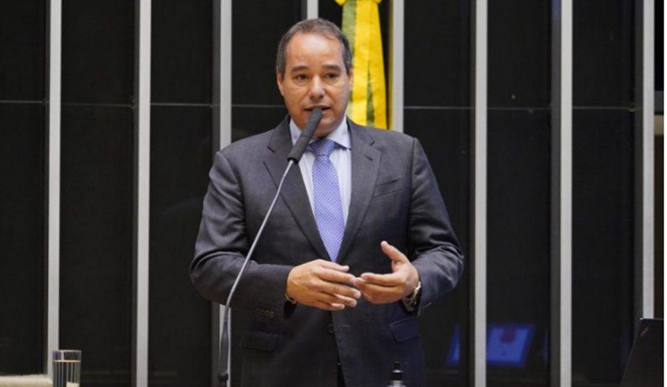 """Câmara aprova mudança na regra de distribuição das """"sobras"""" eleitorais"""
