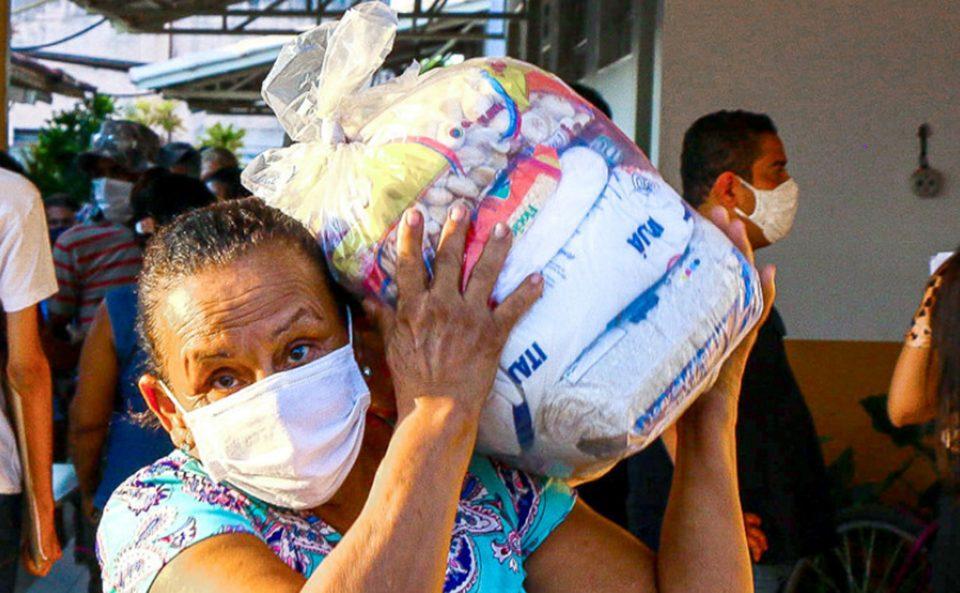 Governo do Tocantins entrega mais de 120 toneladas de alimentos em 20 municípios
